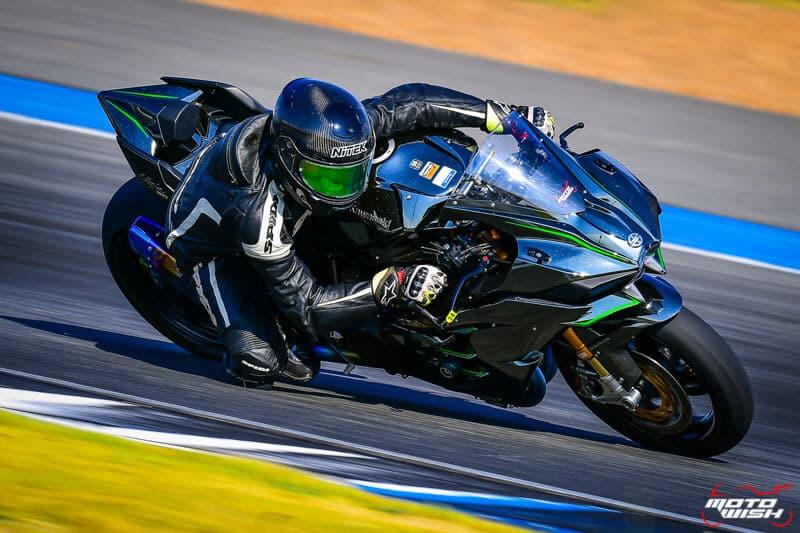 รีวิว Kawasaki Ninja H2 Trick Star : 258 แรงม้า ขีดสุดของความแรง คันแรกของเมืองไทย Full HD | MOTOWISH 15
