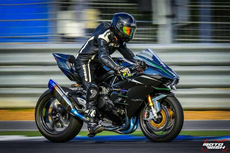 รีวิว Kawasaki Ninja H2 Trick Star : 258 แรงม้า ขีดสุดของความแรง คันแรกของเมืองไทย Full HD | MOTOWISH 17