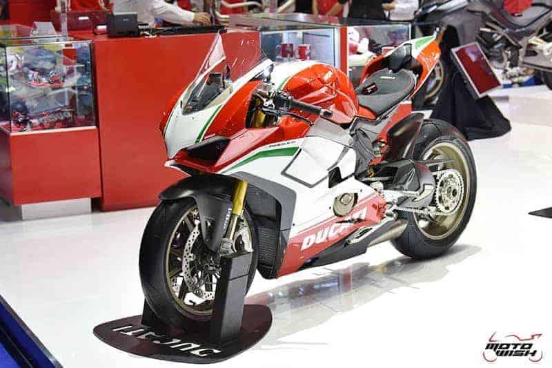 Ducati เปิดตัวชุดใหญ่  Monster 821, Multistrada 1260 Pike Peak, Scrambler 1100 ในงาน Motor Show 2018 | MOTOWISH 54