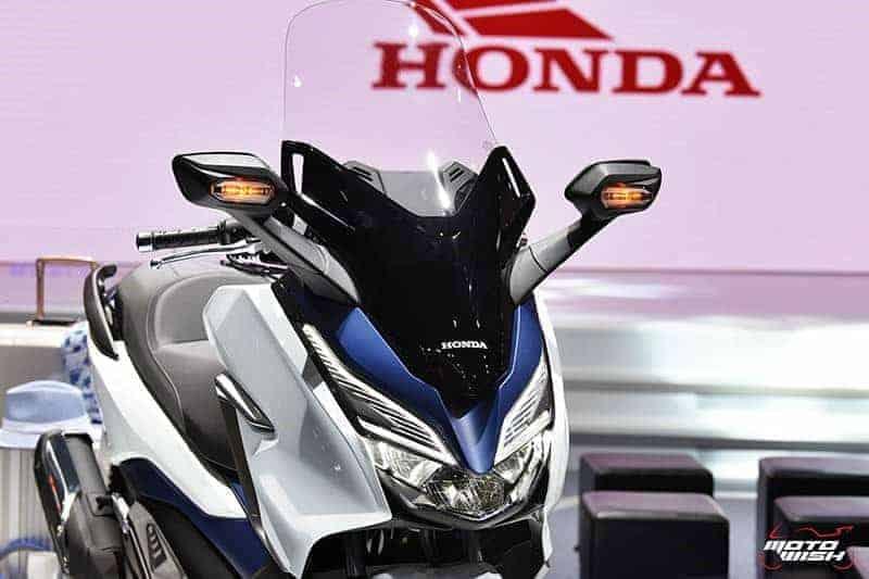 New Forza 300 2018 >> เผยโฉม All New Honda Forza 300 งามหรู ดูล้ำ เปิดราคา 1.69 แสนบาท (Motor Show 2018) – MOTOWISH