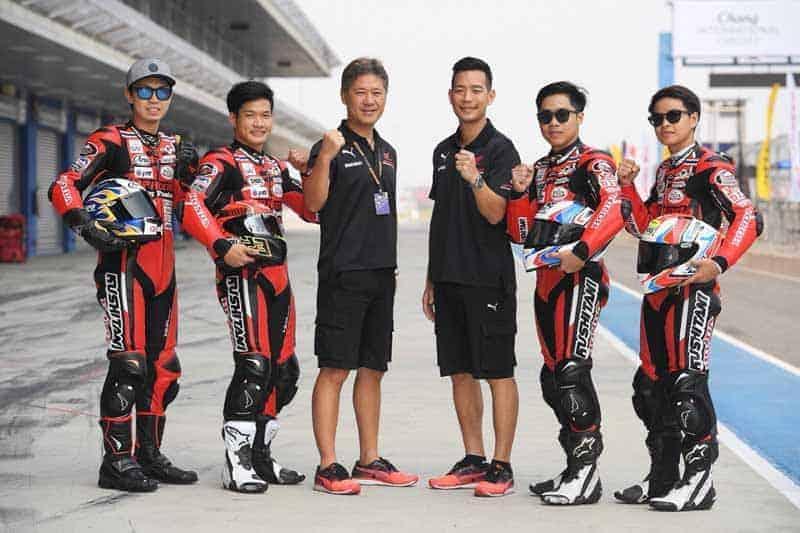 "MotoWish AP Honda New Road Map 2018 Team - อยากเป็นนักแข่งต้องอ่านเมื่อ A.P. Honda ปั้นเด็กไทย ""สายเลือดใหม่"" สู่เส้นทางการแข่งขันระดับโลก - ในปี 2018 วงการมอเตอร์สปอร์ตสองล้อของเมืองไทย กำลังก้าวเข้าสู่ช่วงเวลาอันรุ่งโรจน์ เมื่อบรรดานักบิดสัญชาติไทยได้รับการผลักดันสู่การแข่งขันรายการต่างๆ มากมาย ทั้งในประเทศและต่างประเทศ"