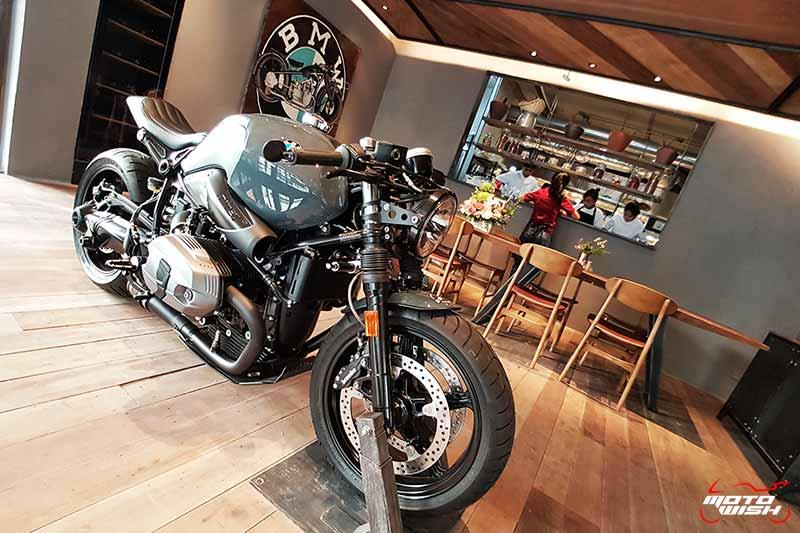 พาเพลินย่านรถหรู กาแฟหอม อาหารอร่อย ที่ร้าน Luka Moto By MF Motorrad | MOTOWISH 65