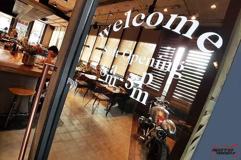 พาเพลินย่านรถหรู กาแฟหอม อาหารอร่อย ที่ร้าน Luka Moto By MF Motorrad | MOTOWISH 56