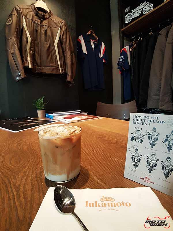 พาเพลินย่านรถหรู กาแฟหอม อาหารอร่อย ที่ร้าน Luka Moto By MF Motorrad | MOTOWISH 57