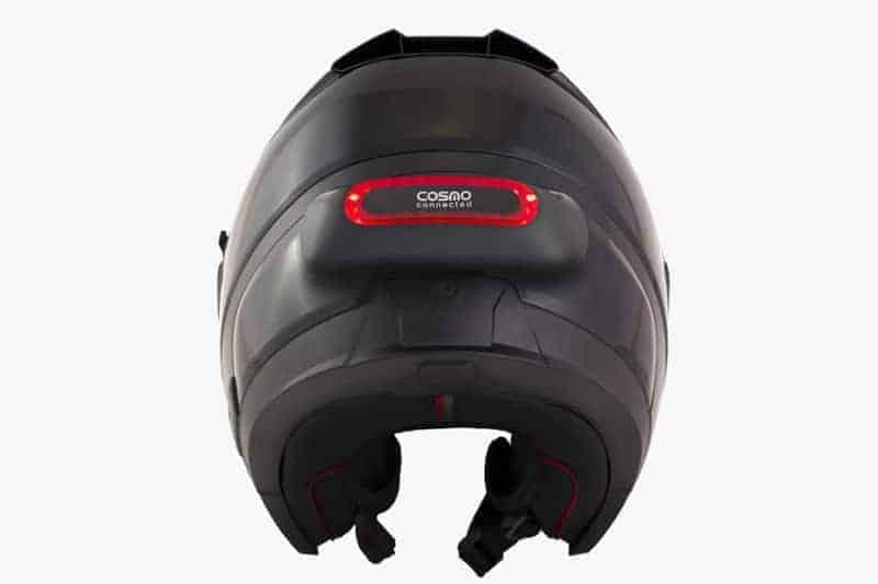 ขี่รถคนเดียวแล้วเกิดอุบัติเหตุจะทำยังไง อุปกรณ์ติดหมวกสุดไฮเทค Cosmo Connected ช่วยคุณได้ | MOTOWISH 1