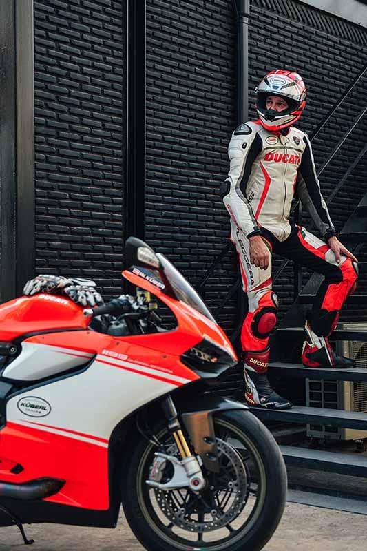 รถ Ducati 1199 Superleggera ราคา 4 ล้านบาท คันแรกของโลกที่ขี่ใช้งานจริงทะลุ 100,000 กม. | MOTOWISH 50