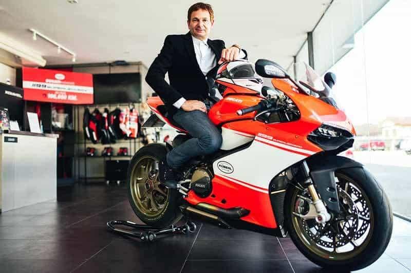 รถ Ducati 1199 Superleggera ราคา 4 ล้านบาท คันแรกของโลกที่ขี่ใช้งานจริงทะลุ 100,000 กม. | MOTOWISH 51