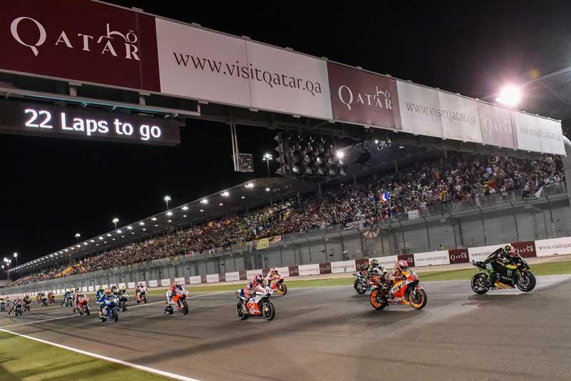 MotoGP เปิดสนามกาตาร์ ทดสอบความพร้อมสำหรับการแข่งขัน Wet Race ในยามค่ำคืน | MOTOWISH 1