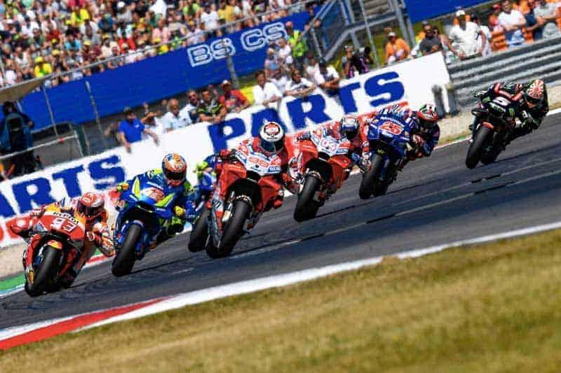 ย้อนหลังการแข่งขัน MotoGP 2018 สนามที่ 8 DutchGP โครตมันส์ลุ้นกันแบบโค้งต่อโค้ง | MOTOWISH