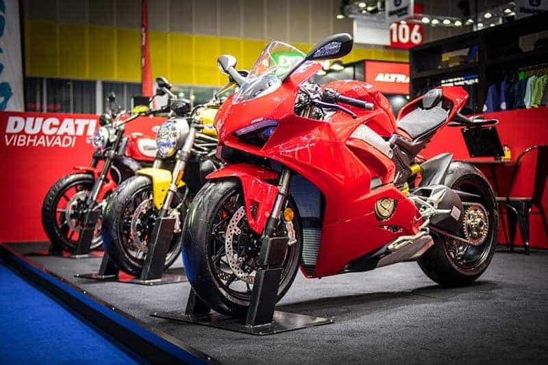 Ducati Panigale V4 คว้ารางวัล Big Best Bigbike of the Year 2017-2018 พร้อมจัดแคมเปญใหญ่ในงาน BIG Motor Sale 2018 | MOTOWISH 4