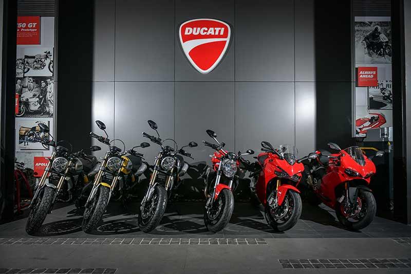 """Ducati Demo Day"" รถเดโม่ราคาพิเศษสุดๆ อุปกรณ์ตกแต่ง และเครื่องแต่งกายลดสูงสุด 70% | MOTOWISH 2"