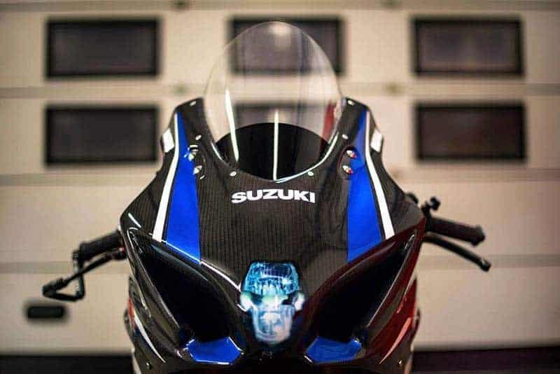 ชมภาพทีเซอร์ Suzuki GSX-R1000 สปอร์ตไบค์พันธุ์ดิบพาร์ทคาร์บอน เตรียมเปิดตัวเร็วๆนี้ | MOTOWISH 2