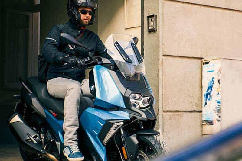 BMW เปิดตัว C 400 X (Limited Edition) จำนวนจำกัด 26 คันในไทย เปิดราคา 399,000 บาท | MOTOWISH 5