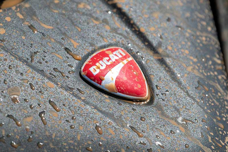Ducati ปล่อยภาพทีเซอร์น้ำโคลนสาดกระเซ็น คาด Multistrada Enduro 1260 กำลังจะมา 12 ต.ค.นี้ รู้กัน!! | MOTOWISH 1
