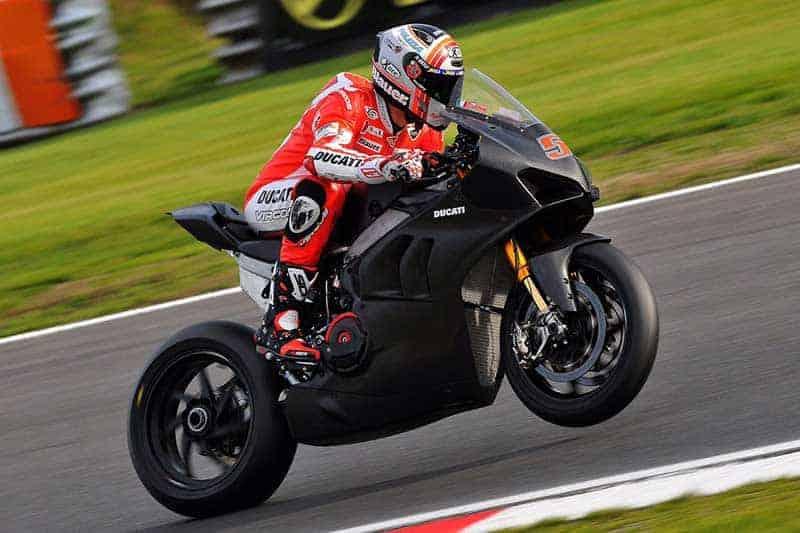 ฟังเสียงเครื่องเร้าๆ Ducati Panigale V4 R รถแข่ง WSBK ตัวต้นแบบ คาดเปิดตัวโปรดักส์ชั่นงาน EICMA | MOTOWISH 1