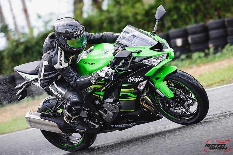 รีวิว Kawasaki Ninja ZX-6R 2019 #DNA จากสนามแข่ง สู่ความเร้าใจบนท้องถนน | MOTOWISH 53