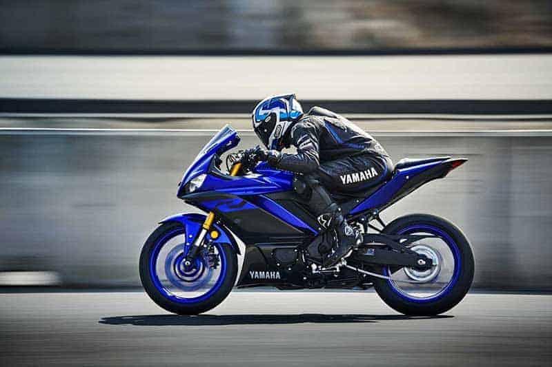 เปิดตัวอย่างเป็นทางการ Yamaha YZF-R3 2019 โฉบเฉี่ยว ล้ำสมัย ดีไซน์ถอดแบบตัวแข่ง M1 | MOTOWISH 2