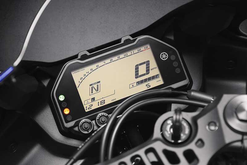 เปิดตัวอย่างเป็นทางการ Yamaha YZF-R3 2019 โฉบเฉี่ยว ล้ำสมัย ดีไซน์ถอดแบบตัวแข่ง M1 | MOTOWISH 5