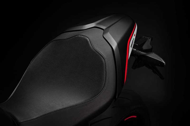 Ducati Monster 821 Stealth 2019 รุ่นสุดท้าย พร้อมเสริมออฟชั่น | MOTOWISH 2
