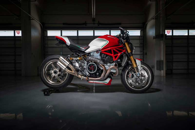 Ducati Monster 1200 Tricolore โดยสำนักแต่ง Motovation | MOTOWISH 17