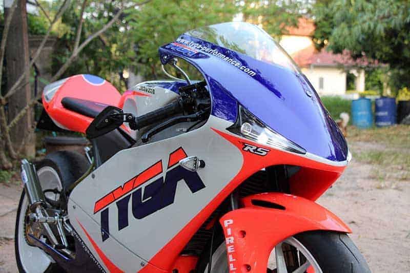 สำนักแต่งไทย TYGA Performance จับ Honda RS250R รถแข่ง World GP แต่งพร้อมใช้ในเวอร์ชั่นถนน | MOTOWISH 2