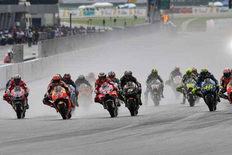 ตารางเวลาพร้อมลิงค์ถ่ายทอดสดการแข่งขัน MotoGP 2018 สนามที่ 18 Malaysian GP Wet Race ไหม๊ละ!! | MOTOWISH