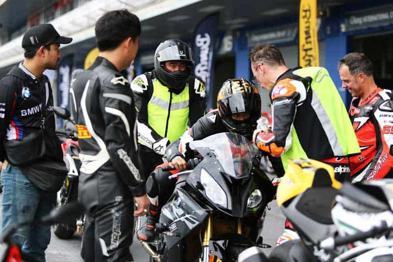 Burn Rubber Riding Academy & Track Days สถาบันสอนขับขี่ด้วยนักแข่งระดับ MotoGP   MOTOWISH 2