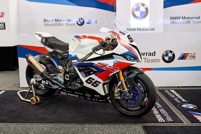 ชมชัดๆ All New BMW S1000RR สเป็คตัวแข่ง WorldSBK ของ Tom Sykes | MOTOWISH 8