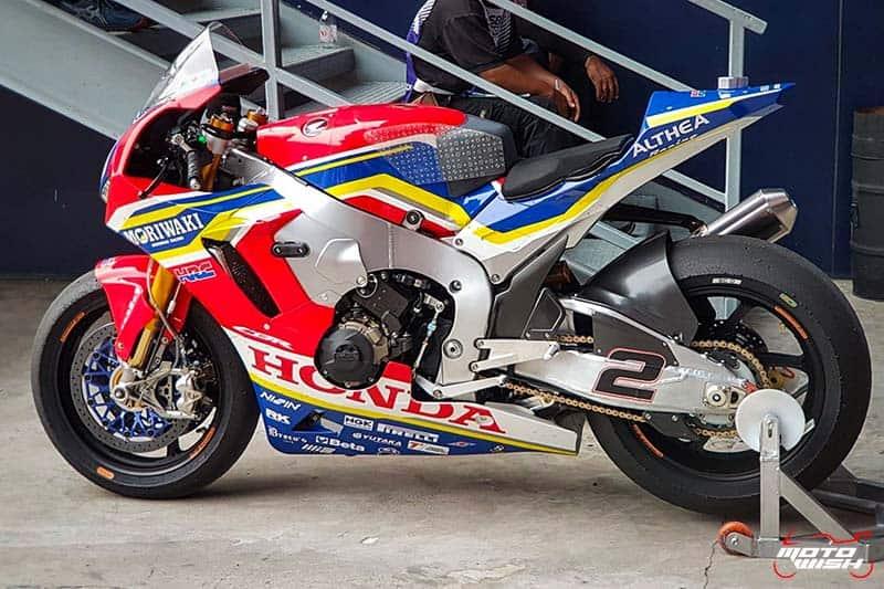 ส่องตัวแข่ง Honda CBR1000RR SP2 โมริวากิ อัลเทีย ฮอนด้า ทีม WorldSBK 2019 | MOTOWISH 4