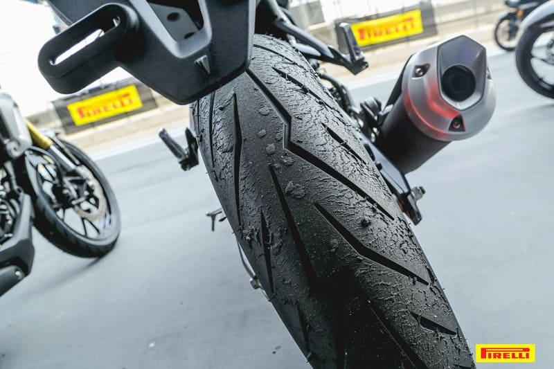 รีวิวยาง Pirelli Diablo Rosso Sport ถอดเทคโนโลยีความสุดจาก SUPERCORSA | MOTOWISH 29
