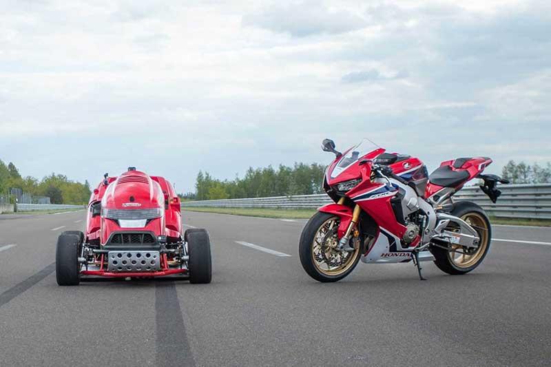 รถตัดหญ้า Honda Mean Mower V2 ขุมพลัง CBR1000RR SP บันทึกสถิติโลก 0-100 ไมล์ ใช้เวลา 6.285 วินาที | MOTOWISH 3