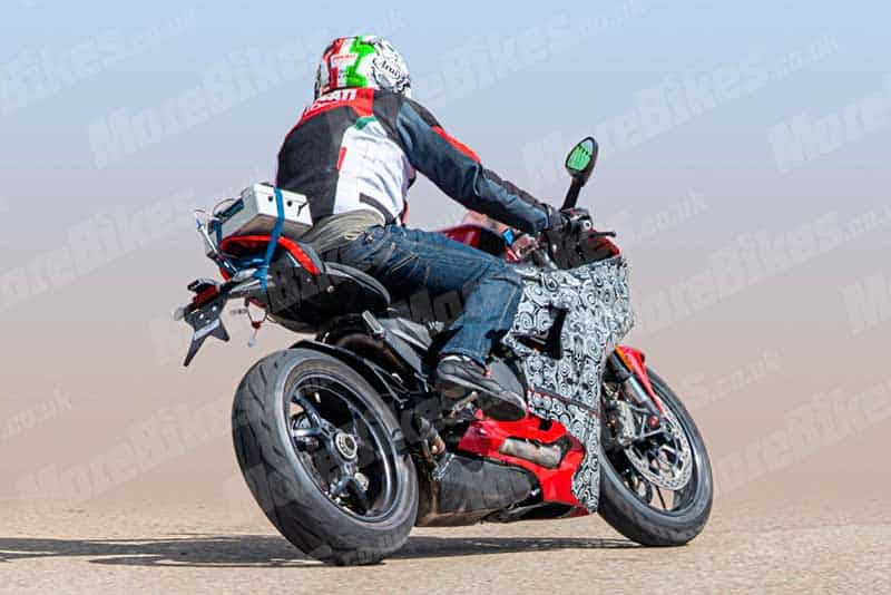 เผยภาพ Ducati Panigale V2 2020 ออกทดสอบ ถ่ายทอด DNA ความสปอร์ต ถอดแบบพี่ใหญ่ V4 | MOTOWISH 1