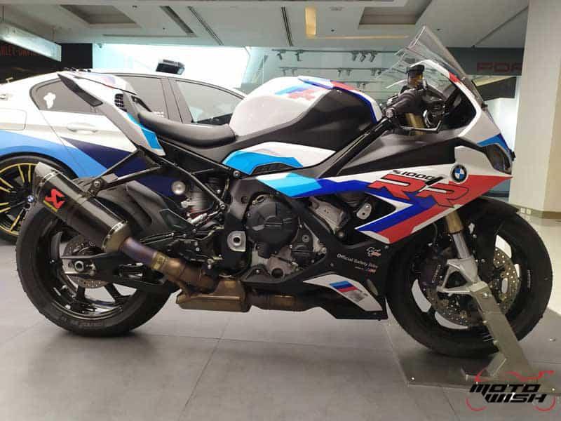 ยลโฉมรถ BMW S1000RR Official Safety Bike MotoGP 2019 ก่อนลงวาดลวดลายที่สนามช้างฯ | MOTOWISH 2