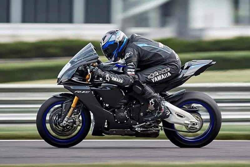 ส่องดูเครื่อง Yamaha YZF-R1, R1M 2020 เปลี่ยนไส้ในใหม่ ให้อะไรมากกว่าเดิม   MOTOWISH 3
