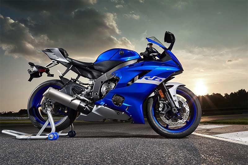 เปิด 2 สีใหม่ Yamaha YZF-R6 2020 และ YZF-R3 2020 เสริมสีสันความสปอร์ต | MOTOWISH 1