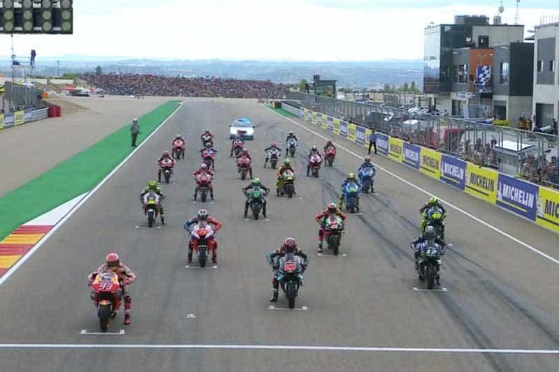 ย้อนหลังการแข่งขัน MotoGP 2019 สนามที่ 14 AragonGP เด็กระเบิดเปิดจอเล็กเหงาๆเข้าเส้นชัย ดูกลุ่มหลังมันส์กว่า | MOTOWISH