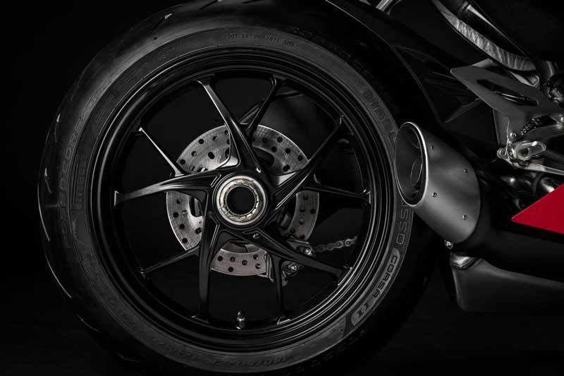 "Ducati เปิดตัว ""Panigale V2 2020"" ถอดแบบความเท่ ตามรุ่นพี่ V4 | MOTOWISH 4"
