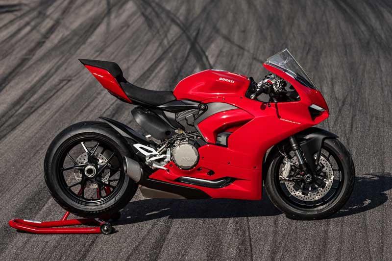 "Ducati เปิดตัว ""Panigale V2 2020"" ถอดแบบความเท่ ตามรุ่นพี่ V4 | MOTOWISH 1"