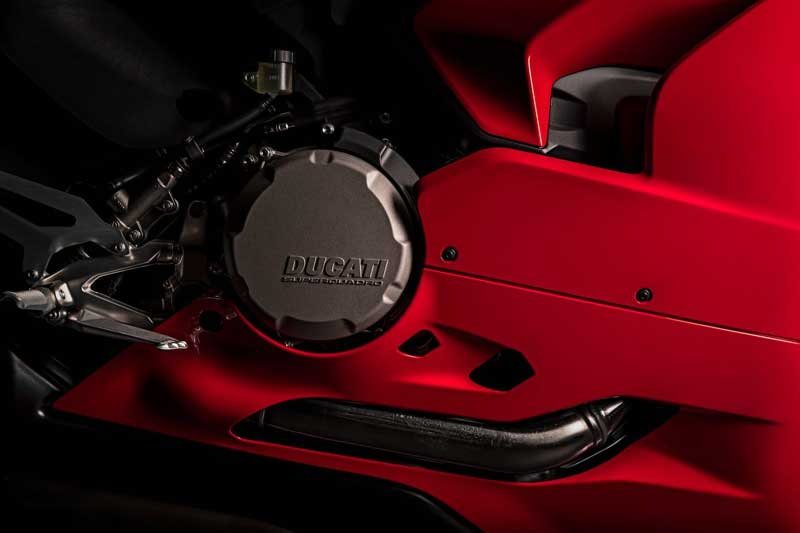 "Ducati เปิดตัว ""Panigale V2 2020"" ถอดแบบความเท่ ตามรุ่นพี่ V4 | MOTOWISH 3"