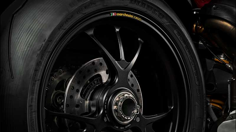 """""""New Ducati Panigale V4 2020"""" เปิดตัวอย่างเป็นทางการ พร้อมยกชิ้นส่วนจาก """"V4R"""" มาใส่   MOTOWISH 3"""