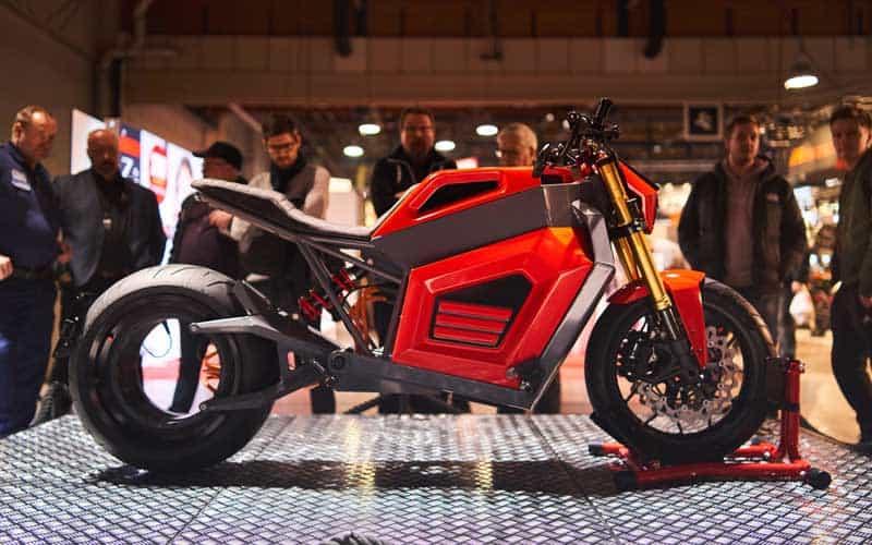 RMK E2 จักรยานยนต์ไฟฟ้าล้อไร้ดุม ลงทดสอบบนถนนจริง ก่อนผลิตจำหน่ายอย่างเป็นทางการ | MOTOWISH 4