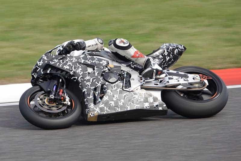 ช่างภาพญี่ปุ่นตาดี พบ All New Honda CBR1000RR 2020 วิ่งทดสอบในสนาม Suzuka | MOTOWISH 2