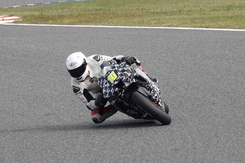 ช่างภาพญี่ปุ่นตาดี พบ All New Honda CBR1000RR 2020 วิ่งทดสอบในสนาม Suzuka   MOTOWISH 3