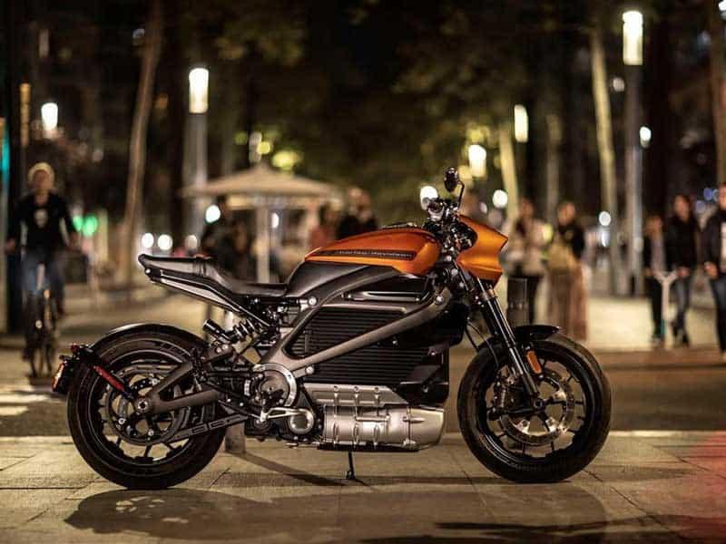 """งานงอก Harley Davidson หยุดผลิตรถจักรยานยนต์ไฟฟ้า รุ่น """"LiveWire"""" หลังพบปัญหาสำคัญ   MOTOWISH 1"""