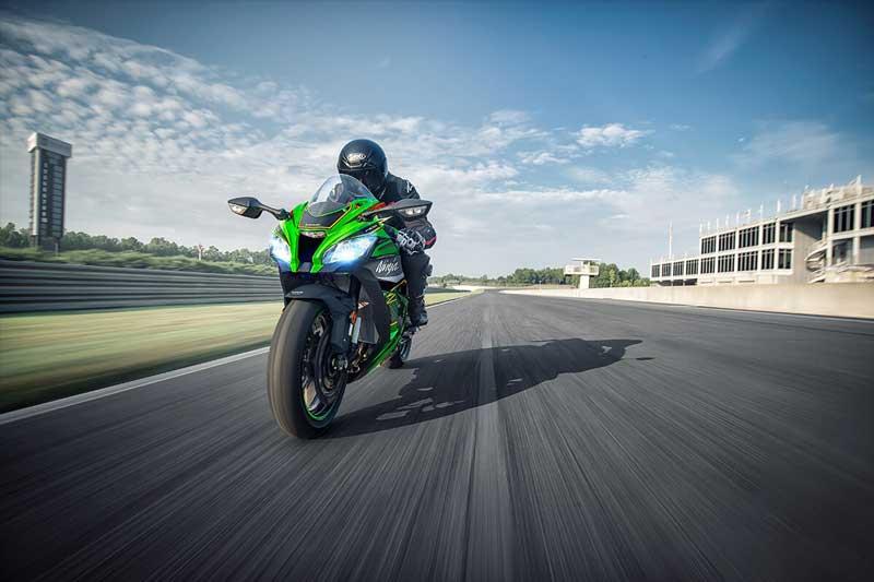 Kawasaki เตรียมเปิดตัว Ninja ZX-10R และ Ninja ZX-6R 2020 เพิ่มสีใหม่ลายตัวแข่ง | MOTOWISH 3