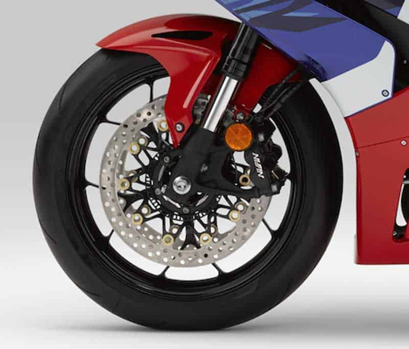 เผยโฉม All New Honda CBR 1000RR-R และ SP 2020 แรงม้าสูงสุดถึง 214 ตัว!! พร้อมรายละเอียด | MOTOWISH 7