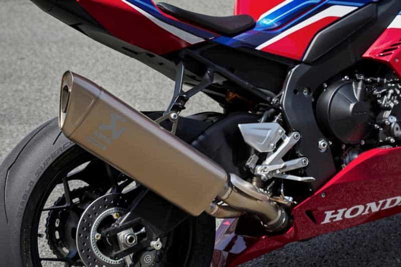 เผยโฉม All New Honda CBR 1000RR-R และ SP 2020 แรงม้าสูงสุดถึง 214 ตัว!! พร้อมรายละเอียด | MOTOWISH 23
