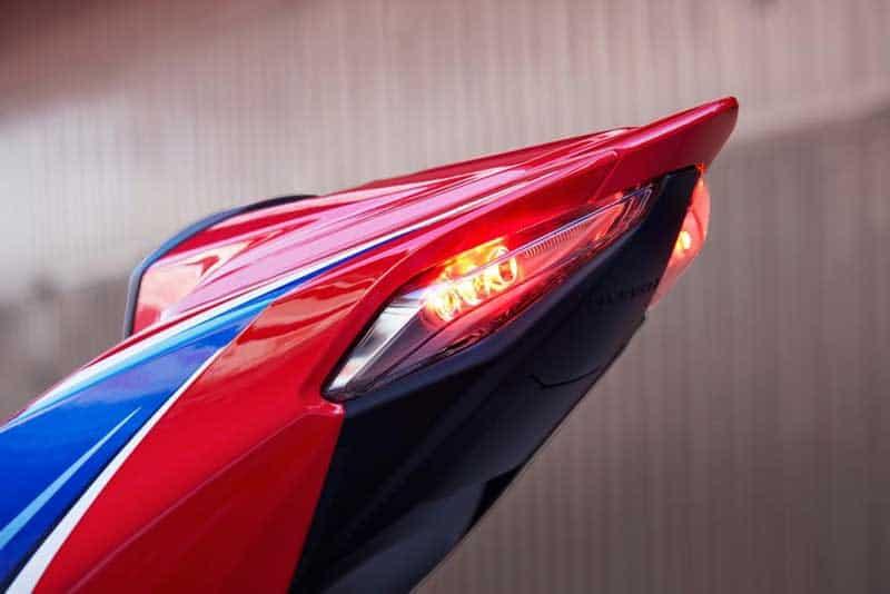 เผยโฉม All New Honda CBR 1000RR-R และ SP 2020 แรงม้าสูงสุดถึง 214 ตัว!! พร้อมรายละเอียด | MOTOWISH 24