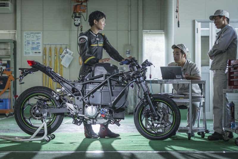 Kawasaki เผย ยังไม่มีแผนผลิตรถจักรยานยนต์ไฟฟ้าแนวสปอร์ต ออกสู่ท้องตลาด | MOTOWISH 2