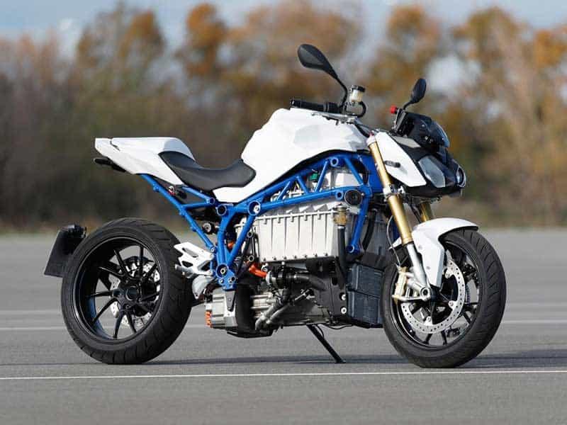 มาอีกค่าย BMW E-Power Roadster รถจักรยานยนต์ไฟฟ้า แบรนด์ชั้นนำจากเยอรมัน | MOTOWISH 2